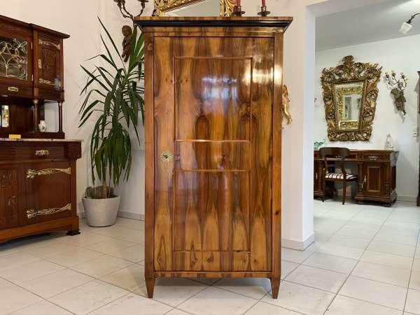 Original Biedermeier Schrank Kleiderkasten Nussholz Restauriert E1998