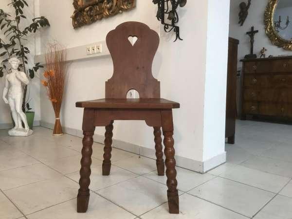 uriger alter Bauernsessel Sessel Stuhl Herzerlsessel W3312