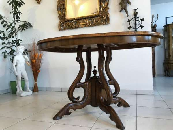 ovaler Spätbiedermeier Tisch Beistelltisch Nussholz Furniert W3205