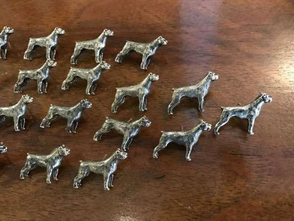 figürliche Anstecknadel Metall Pin Brosche Hundeform Boxer 17-tlg - W1343