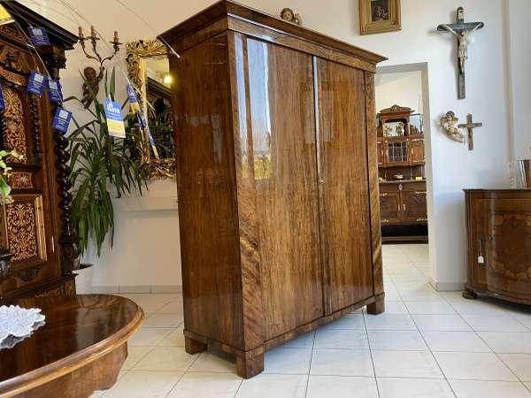 restaurierter Biedermeier Schrank Kleiderkasten Hallenschrank A2221