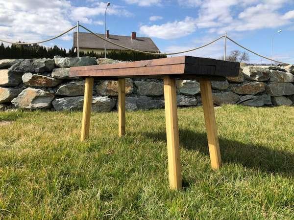 uriger Hacktisch Designer Tisch Bauerntisch Bauernmöbel Z1371
