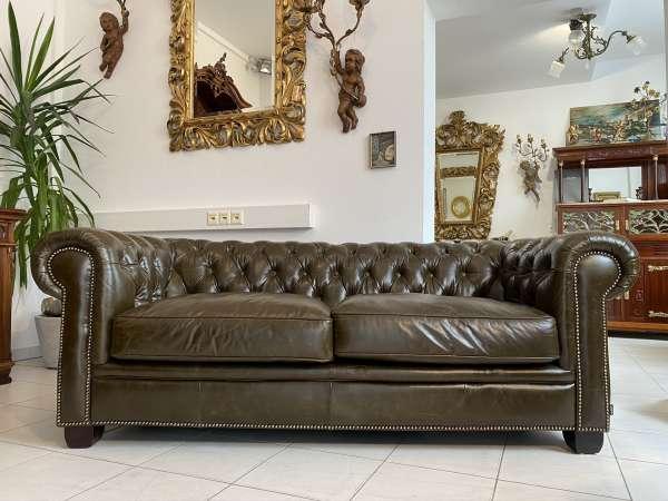 Chesterfield Clubsofa Diwan Couch Olivgrün Traumstück E1548