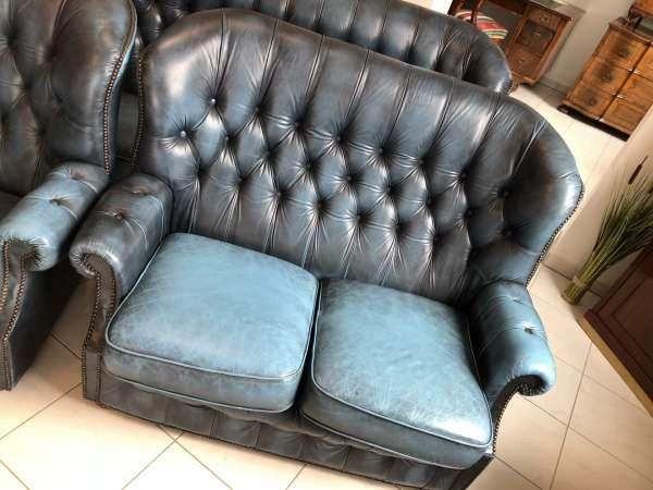hübsches Chesterfield 2er Sofa Couch Hochlehnsofa Cultmöbel X2386