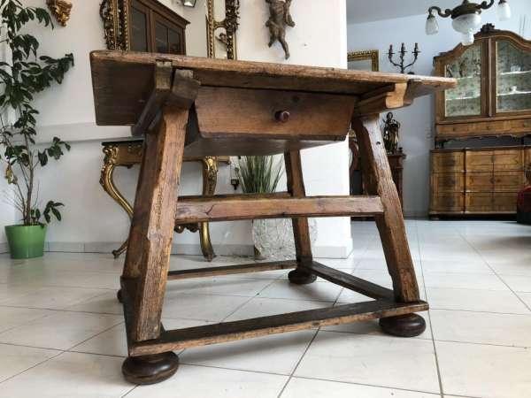 uriger Salzburger Schragltisch aus der Zeit um 1800 Rhöntisch X1810