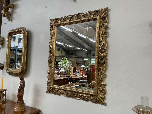 hübscher Florentiner Spiegel Holzspiegel Rosenspiegel A2745