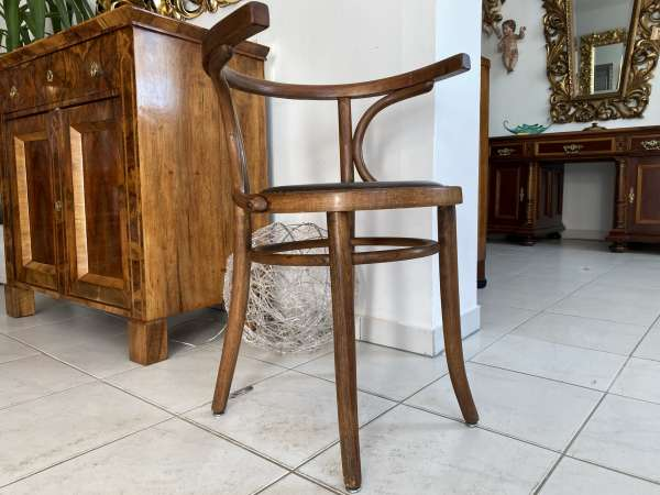 hübscher Bugholzsessel Stuhl Sessel Armlehnstuhl Holzsessel A2152