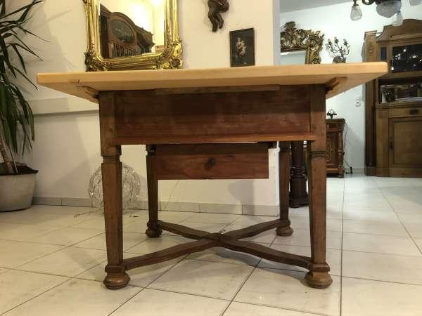 alter Bauerntisch Jogltisch Tisch Landhaustisch Naturholz Z2162