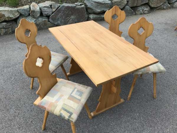 urige Naturholz Bauerntisch 4 Sessel Sitzgruppe Bauernstube W3137