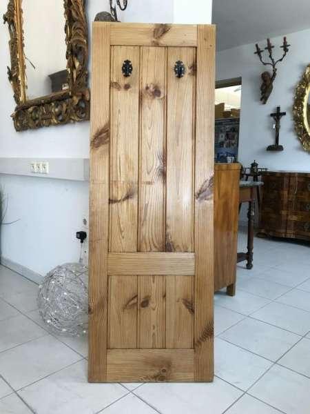 alte einfache Naturholz Kleiderablage Garderobe W2015