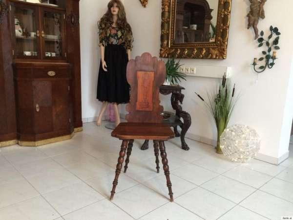 uriger alter Bauernsessel Sessel Stuhl Massivholz Rückenmuster 9176