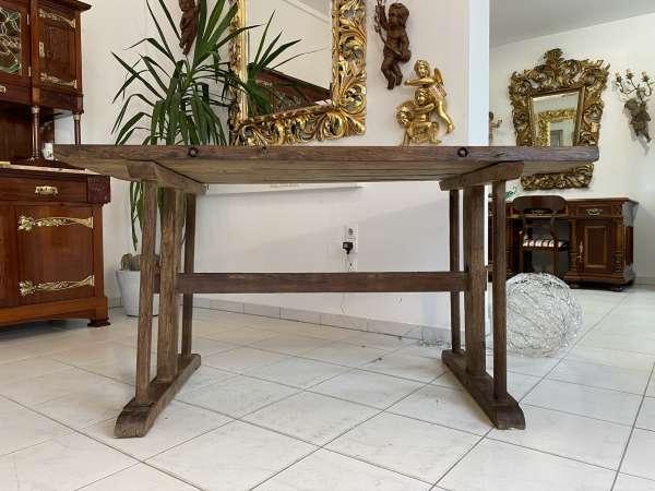 uriger Eichentisch Designer Tisch Bauerntisch Bauernmöbel E2048