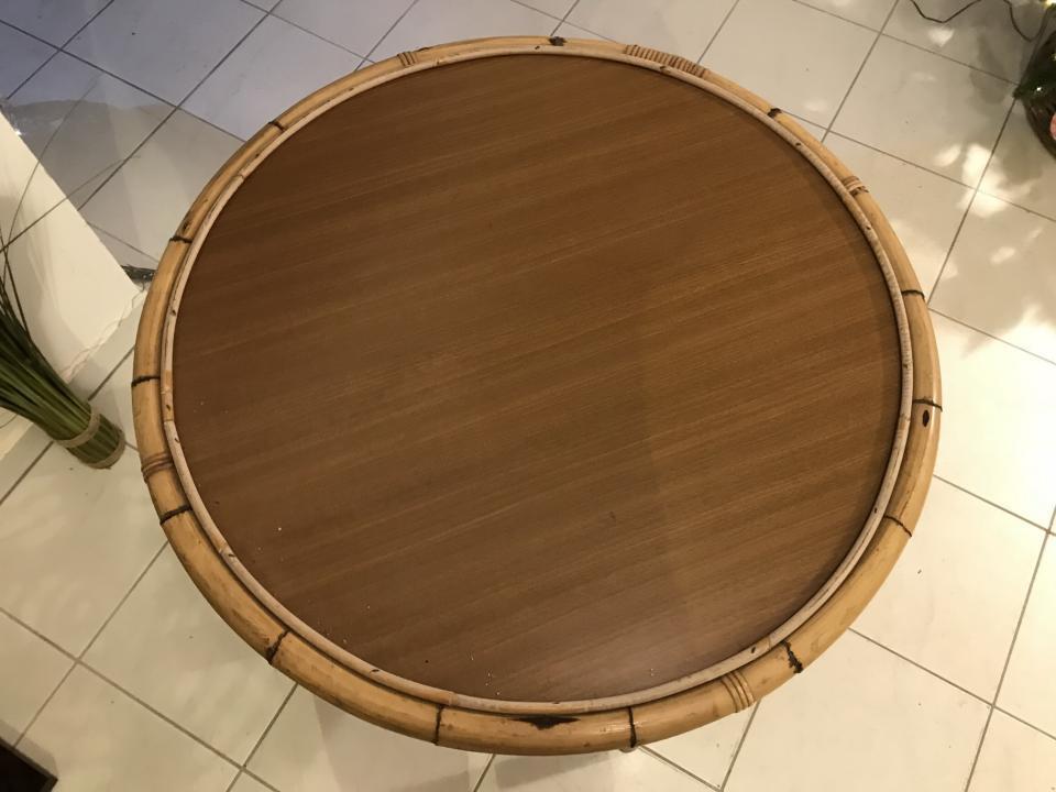 alter uriger tisch beistelltisch rund aus rattan naturmaterial w3439 jogltische tische. Black Bedroom Furniture Sets. Home Design Ideas