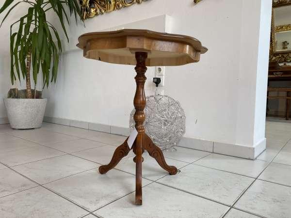 hübsches zierliches Tischerl Barockstil Beistelltisch E2105
