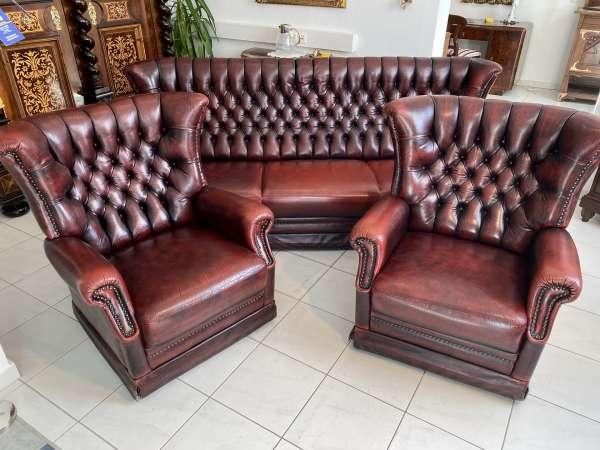 traumhaftes 3er Ensemble Chesterfield 3er Sofa 2 Clubfauteuils A2429
