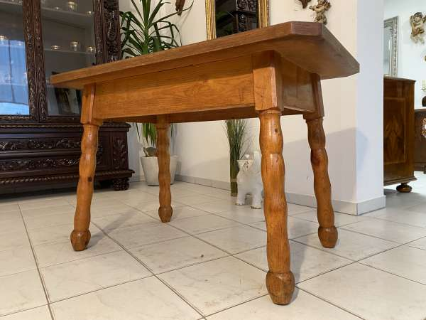 alter uriger Bauerntisch Zirbenholz Tisch Bauernstube A2586