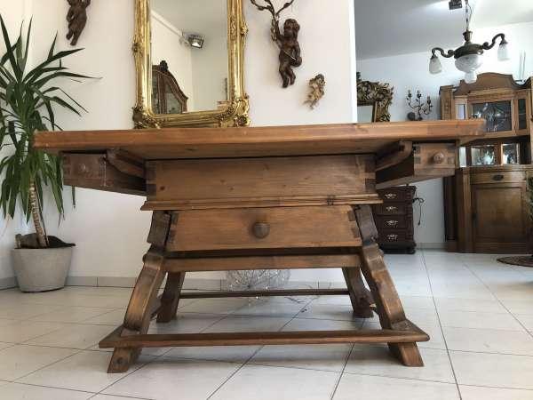 uriger Jogltisch Tisch Bauerntisch Landhaustisch Z1525