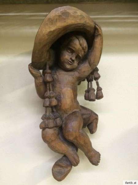 himmlische Engelsfigur Engel mit Hut Holzfigur Holzschnitzerei Nr. 8397