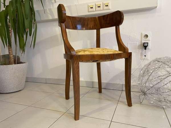 Biedermeier Armchair = 1 Stück Nussholz Schaufelfauteuil Original E1995