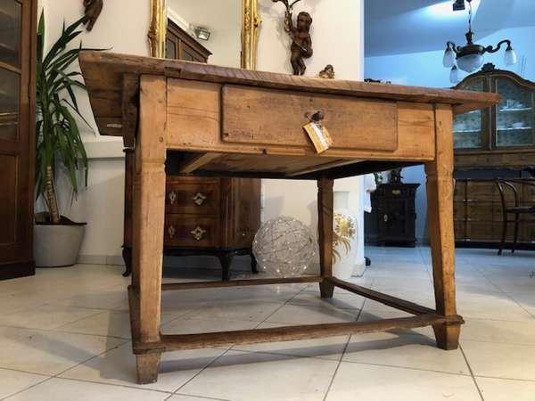 alter Jogltisch Tisch Bauerntisch Landhaustisch Naturholz Z1013