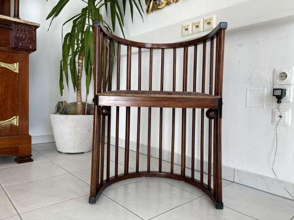hübscher Jugendstil Sessel Stuhl Fledermaus Barrel Sessel Hoffmann E1921