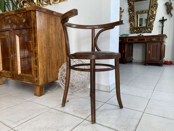 hübscher Bugholzsessel Stuhl Sessel Armlehnstuhl Holzsessel A2153