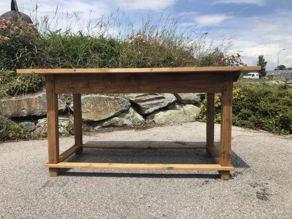 alter uriger Bauerntisch Tisch Landhaustisch Naturholz Z1799