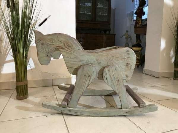 uriges Holzpferd Schaukelpferd Kinderspielzeug alt antik Naturholz - W3495