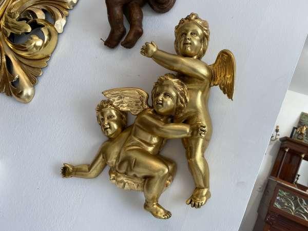 hübsche Engelsszene Echtvergoldet Holzgeschnitzt E1780